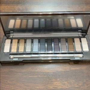 Urban decay eyeshadow palate
